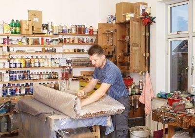 Unser langjähriger Mitarbeiter Andreas Derlecki in der Werkstatt